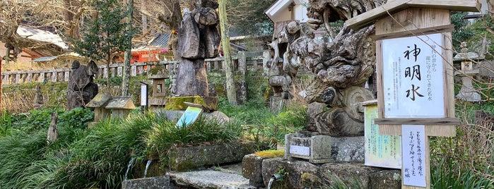 伊那下神社 is one of Orte, die Masahiro gefallen.
