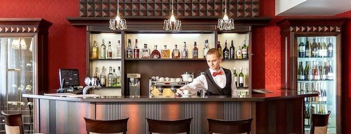 "Ресторан ""Персонаж"" / Personage Restaurant is one of Артем'ın Beğendiği Mekanlar."
