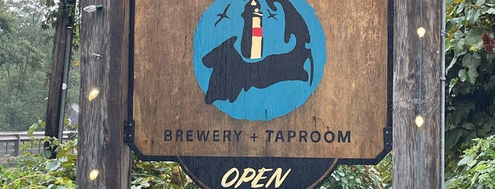 Naukabout Beer Co. is one of Cape Cod.
