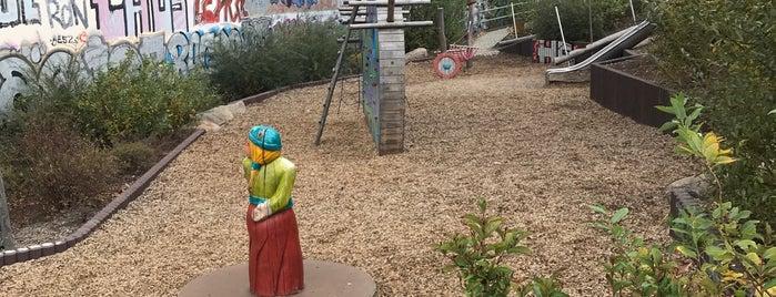 Wikinger Spielplatz Behmstraße is one of Lugares favoritos de Impaled.