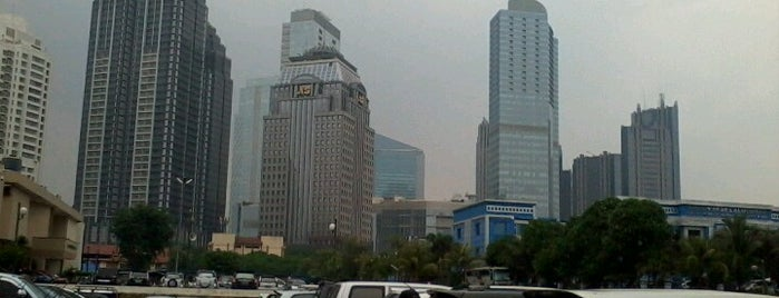 Kepolisian Daerah Metropolitan Jakarta Raya (Polda Metro Jaya) is one of Tempat yang Disukai Natasha.