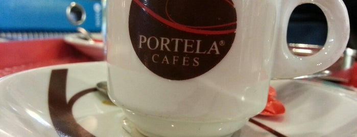 Portela Cafés is one of Locais salvos de Daniel.