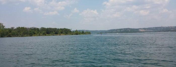 Table Rock Lake is one of Gespeicherte Orte von Lizzie.