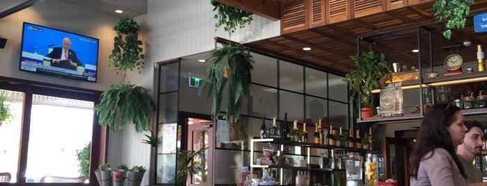 Main St Bar & Eatery is one of João'nun Beğendiği Mekanlar.
