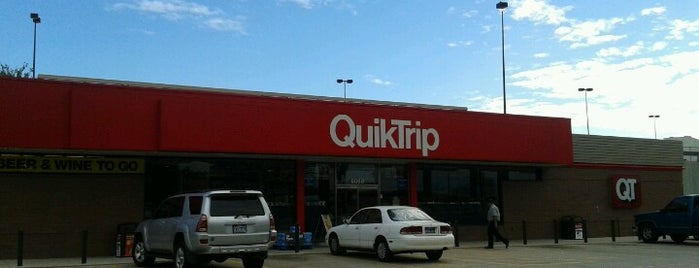 QuikTrip is one of Orte, die Chris gefallen.