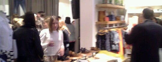 Madewell on Rush Street is one of Chicago.