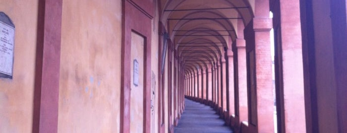 Portici San Luca is one of Emilia (Romagna) paranoica.