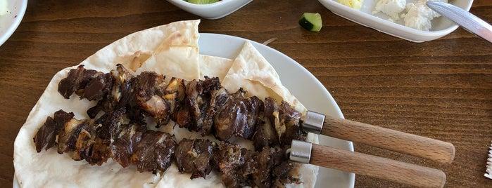 Cahithan Konya Etli Ekmek Tandır Teras Balık Restaurant is one of Yeni listem.