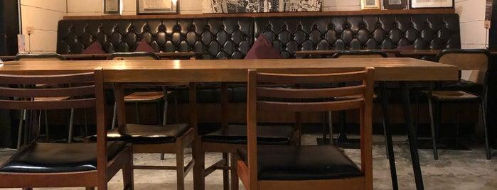 Hey! 53 Coffee & Kitchen is one of สถานที่ที่บันทึกไว้ของ Hiromi.