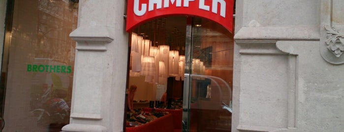 Camper is one of Locais salvos de Vanessa.