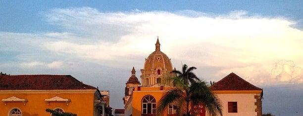 Centro Histórico de Cartagena / Ciudad Amurallada is one of Cartagenias.