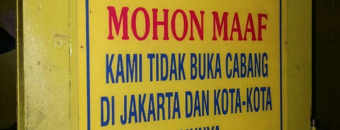 """Warung Bakmi """"Mbah Mo"""" is one of Kuliner Yogya."""