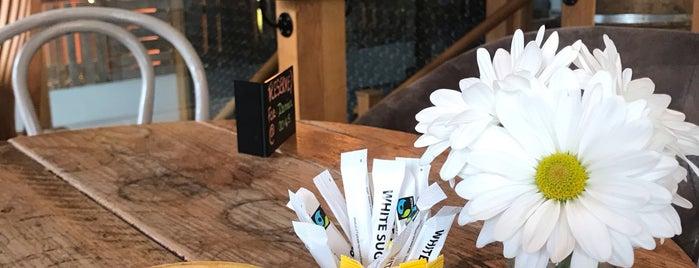 Oxford Wine Cafe is one of Posti che sono piaciuti a RoGeR.