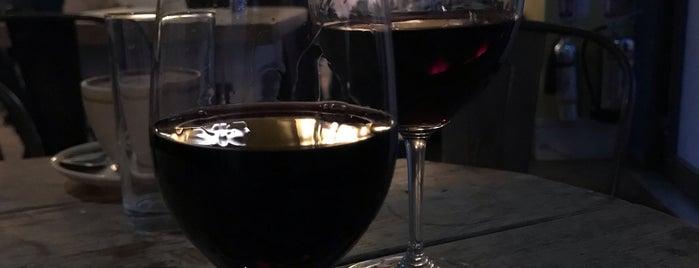 Oxford Wine Cafe is one of Lugares favoritos de RoGeR.