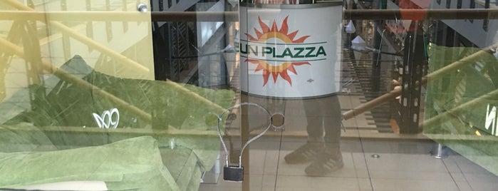 Sun Plazza is one of Rus -'ın Beğendiği Mekanlar.