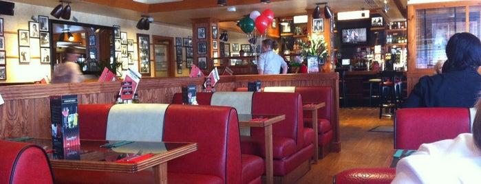 Frankie & Benny's is one of Tempat yang Disukai Alyssa.