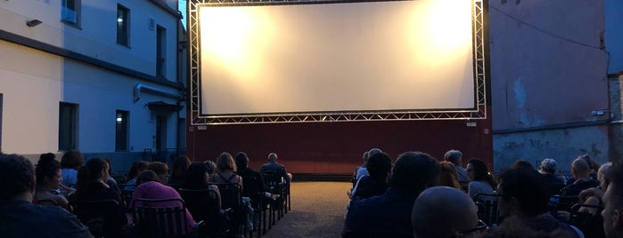 Cinema D'Azeglio D'Essai is one of Locais curtidos por Linda.