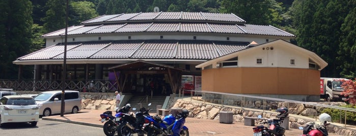 道の駅 スパ羅漢 is one of 道の駅.