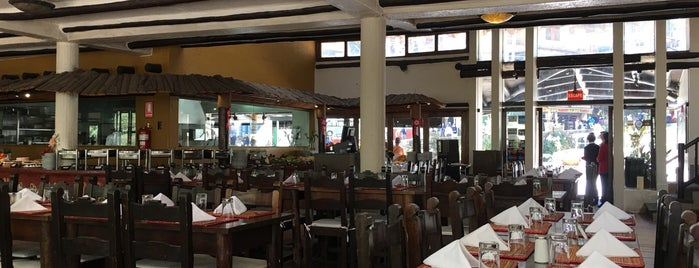 Toto's House Restaurante is one of Lugares favoritos de Sergio M. 🇲🇽🇧🇷🇱🇷.