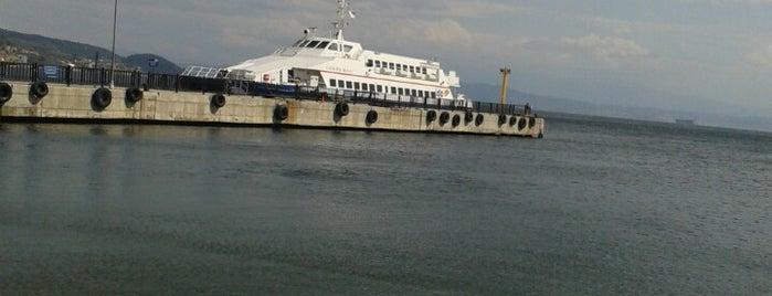Armutlu Liman is one of Locais curtidos por Kayıhan.