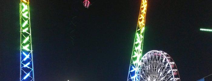 Parko Paliatso Luna Park is one of Posti che sono piaciuti a Taras.