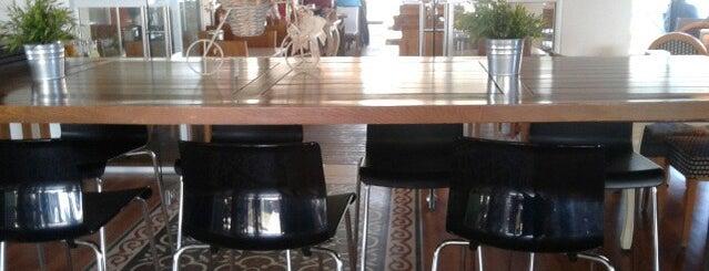 Karşı Cafe is one of themaraton.