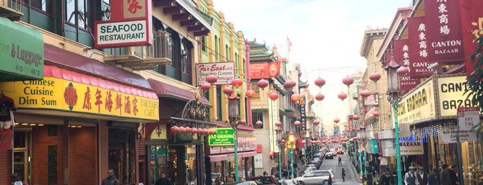 China Town Palace is one of Caglaさんのお気に入りスポット.