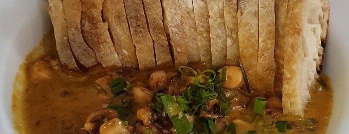 Zephyr Seafood & Sushi is one of Mayara'nın Beğendiği Mekanlar.