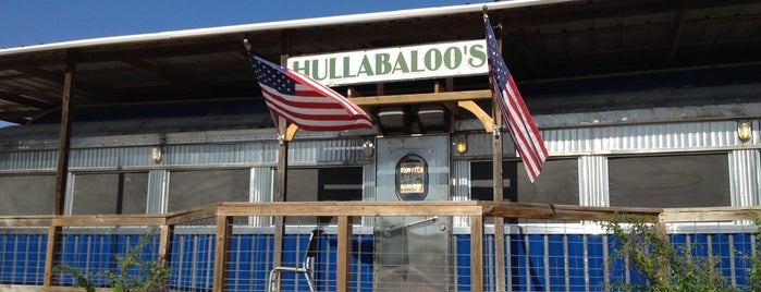 Hullabaloo Diner is one of Diner, Drive-Ins, & Dives - Southern US.