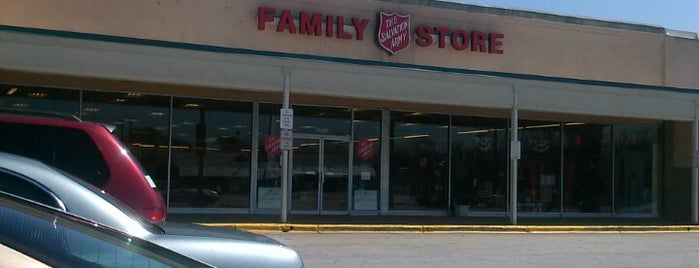 Salvation Army Store is one of Tour de Thrift: Danville-Lynchburg.