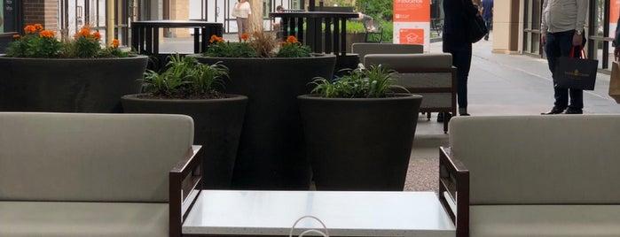 Clarksburg Premium Outlets is one of Jen 님이 좋아한 장소.