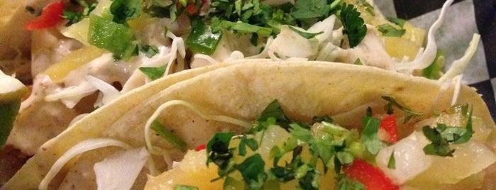 Pelon's Baja Grill is one of Locais salvos de Sam.