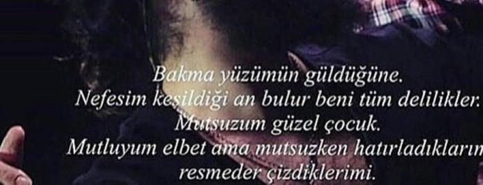 Kuaför Ceyda is one of Lugares favoritos de Aslı Morkoç.