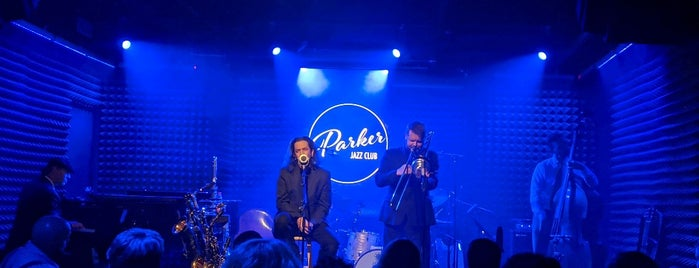 Parker Jazz Club is one of Orte, die Matt gefallen.
