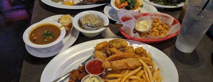 Deckhand Oyster Bar & Seafood is one of Tempat yang Disimpan Jenn 🌺.