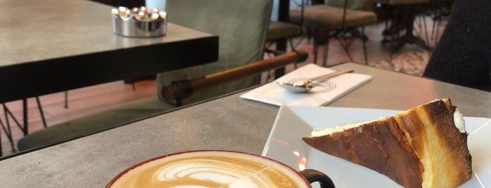 One Mo-liendo Coffee is one of Lugares favoritos de R. Gizem.