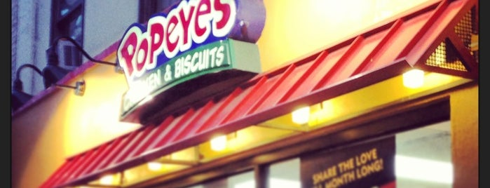 Popeyes Louisiana Kitchen is one of Alden'in Beğendiği Mekanlar.