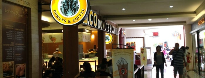 J.Co Donuts & Coffee is one of Nanda's All Favorite♥♚.
