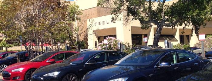 Tesla Motors HQ is one of Dj Slick D'ın Beğendiği Mekanlar.