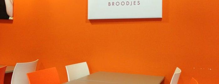 Yammi Broodjes is one of สถานที่ที่บันทึกไว้ของ Niels.