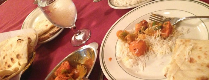 Bollywood Indian Restaurant 3 is one of Lugares favoritos de Ryan.