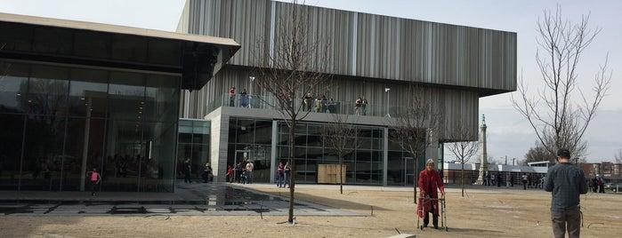 Speed Art Museum is one of Louisville.