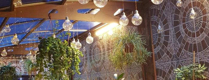 Beyzade Pide&Kebab Salonu is one of Lugares favoritos de Cem.