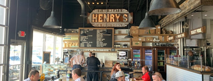 Henry's Sandwich Station is one of Go with the Flo-rida.