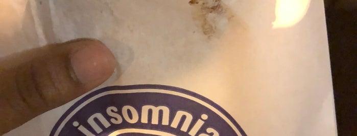 Insomnia Cookies is one of Lieux sauvegardés par John.