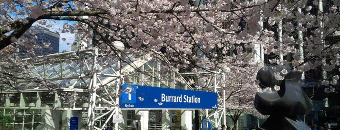 Burrard SkyTrain Station is one of Mirinha★ : понравившиеся места.