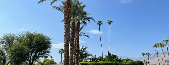 Twin Palms, Frank Sinatra House is one of PS.