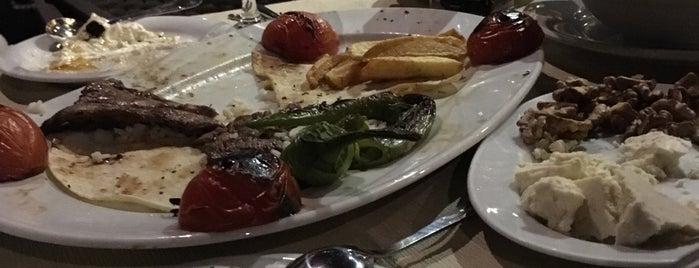 Körfez Aşiyan Restaurant ve Kahvaltı Evi is one of Lugares favoritos de Ali Murat.