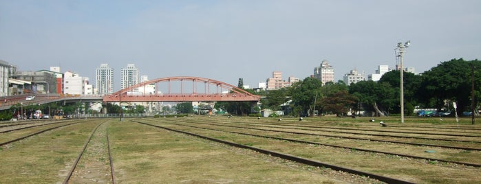 Takao Railway Museum is one of Jas' favorite urban sites.
