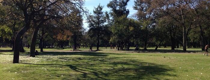 Plaza Sicilia is one of En bici.